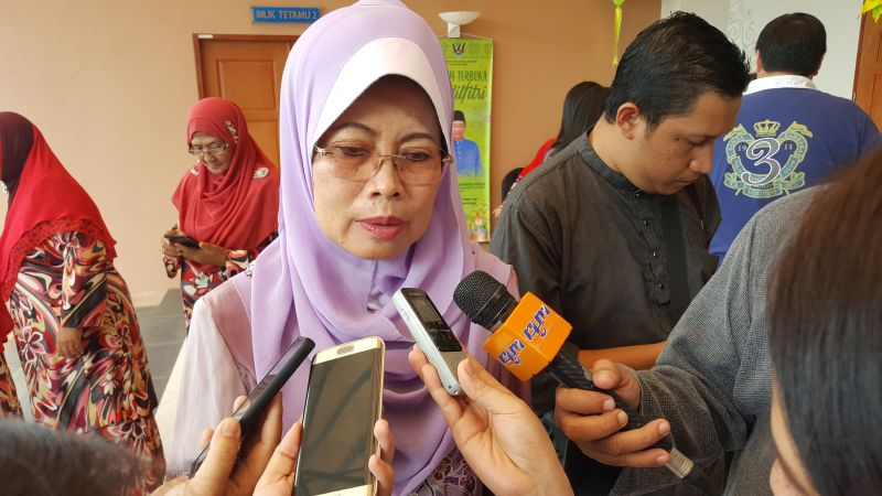 Minister of Welfare, Community Wellbeing, Women, Family and Early Childhood Development, Datuk Seri Fatimah Abdullah says standard operating procedure for the airlift, which will be conducted by the military and state-owned Hornbill Skyways, is finalised today. ― Picture by Sulok Tawie