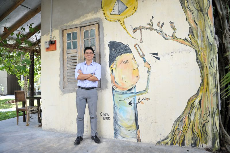 Tan Shih Thoe oversees and manages the whole Hin Bus Depot. ― Pictures by KE Ooi