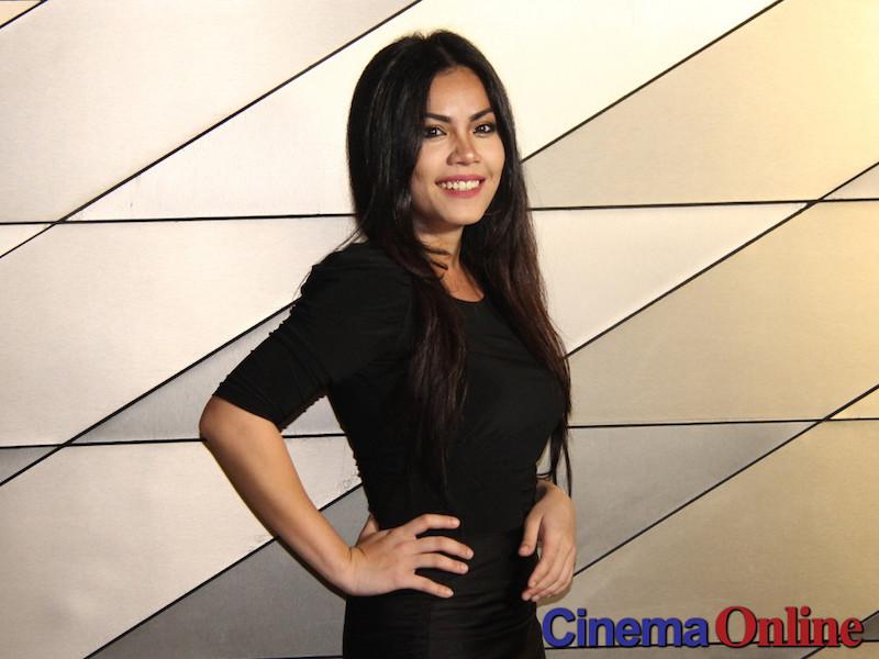 Tiz Zaqyah can be Malaysia's Cameron Diaz, says director Eyra Rahman. — CinemaOnline pic