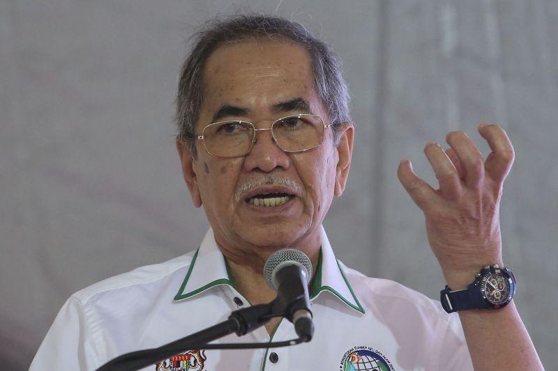 Datuk Seri Dr Wan Junaidi Tuanku Jaafar said the government has allocated RM100 million under PENJANA to assist micro-entrepreneurs. ― Picture by Yusof Mat Isa