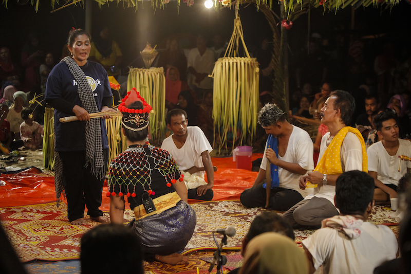 A scene from the story of Dewa Pechil. — Picture by Wong Horngyih, courtesy of Pusaka
