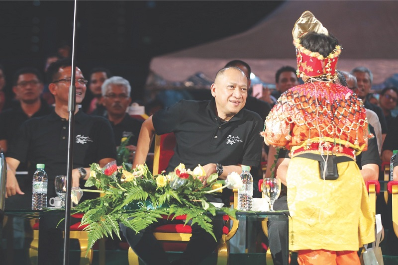 This young performer's talent caught Tourism and Culture Minister Datuk Seri Nazri Aziz's eye.