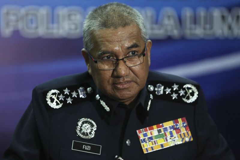 IGP Tan Sri Mohamad Fuzi Harun earlier today confirmed that three men were arrested for planning to attack the Beer Festival, houses of worship and entertainment outlets in Kuala Lumpur and Selangor. ― Picture by Yusof Mat Isa
