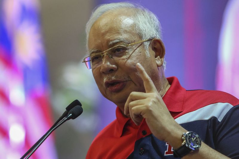 Datuk Seri Najib Razak said the leaders agreed to undertake intensive negotiations to seek a consensus and reduce the gap, with a new target of November 2018. ― Picture by Yusof Mar Isa