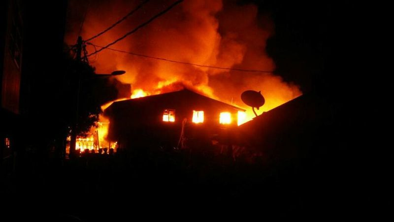 15 houses were destroyed in a pre-dawn fire in Kuala Perlis. ― Picture via Facebook/DTTB