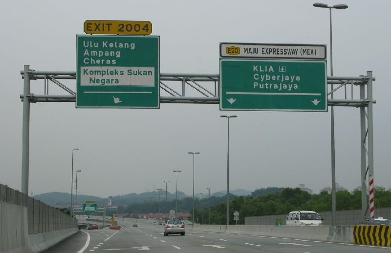 Maju Expressway Sdn Bhd said in a statement here that the discount was for all users and class of vehicles traveling the expressway on that day from midnight until 11.59pm.