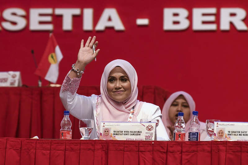 Datuk Mas Ermieyati Samsudin said the stimulus package would assist ailing SMEs. — Bernama pic