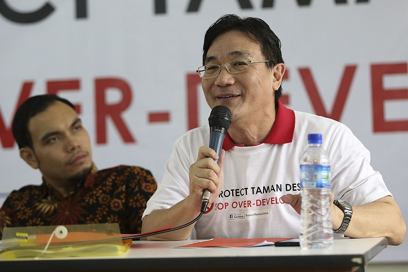 Protect Taman Desa chairman Frank Yeh said residents want development that is sustainable. — Pictures by Yusof Mat Isa