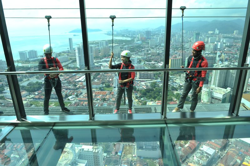 Visitors to The Gravityz will have the chance to walk on the glass floor around Level 65 of Komtar.