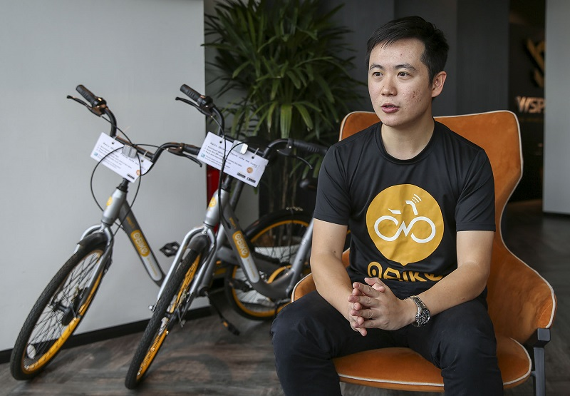 oBike business development manager Ian Goh speaks to Malay Mail during an interview in Kuala Lumpur January 19, 2018. — Picture by Yusof Mat Isa