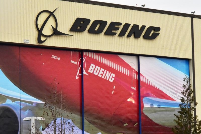Boeing announced publicly on April 9 that it had notified 16 airlines flying its 737 MAX planes of the electrical issue, leading to the immediate grounding of the jets and suspensions of new aircraft deliveries. ― Reuters pic