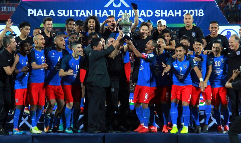 The victory saw the Southern Tigers seize the cup back from the Red Eagles after losing to their opponents at the same venue last year. — Bernama pic