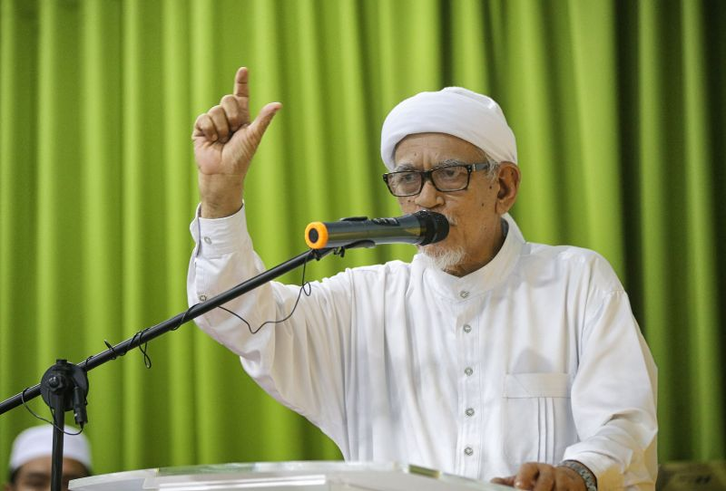 PAS president Datuk Seri Abdul Hadi Awang alleged that Muslims, especially the youth have been misled by a misinformation which has inadvertently turned them against Islam. — Picture by Pheong Kar Yu