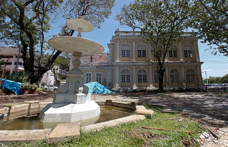 The late 19th-century fountain adjacent to the Penang Townhall was donated by Koh Seang Tat whose grandfather, Koh Lay Huan, was the first Kapitan Cina of Penang. — Pictures by Sayuti Zainudin