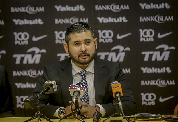 Tunku Ismail Sultan Ibrahim speaks during a press conference. — Picture by Firdaus Latif