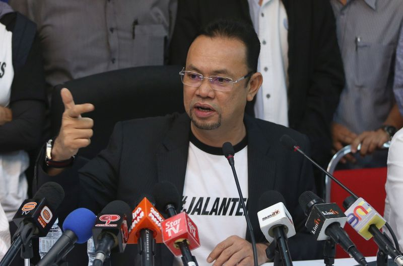 Rizalman suggested the incident may have stemmed from those seeking to derail his possible selection for the 14th general election. — Picture by Razak Ghazali