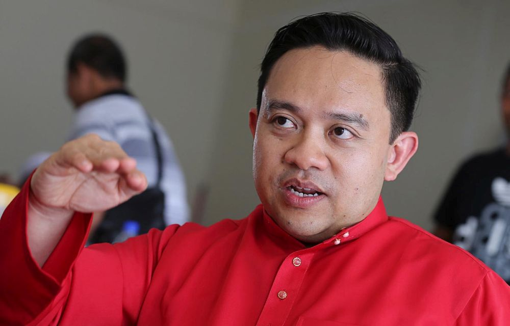 Wan Saiful Wan Jan said Economic Affairs Ministry will make a commentary on the draft of the PTPTN repayment method before it being tabled to the Cabinet. — Picture by Sayuti Zainudin