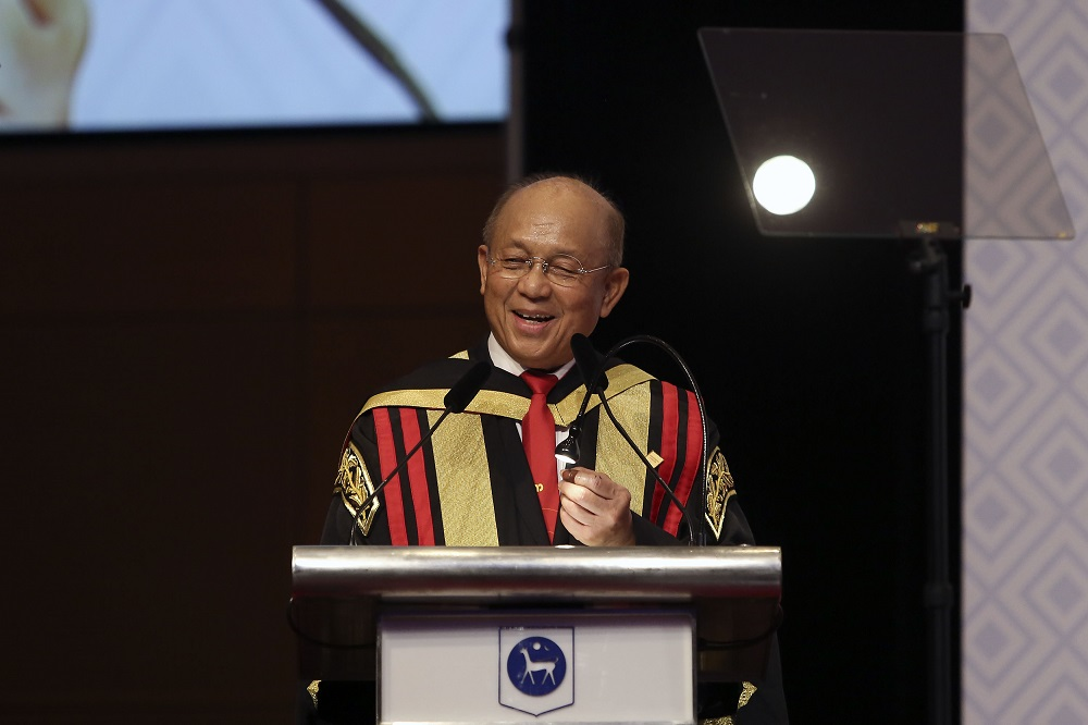 AICB chairman Tan Sri Azman Hashim said corruption has been rampant in recent times and noted that this also involved several key leaders. — Picture by Yusof Mat Isa
