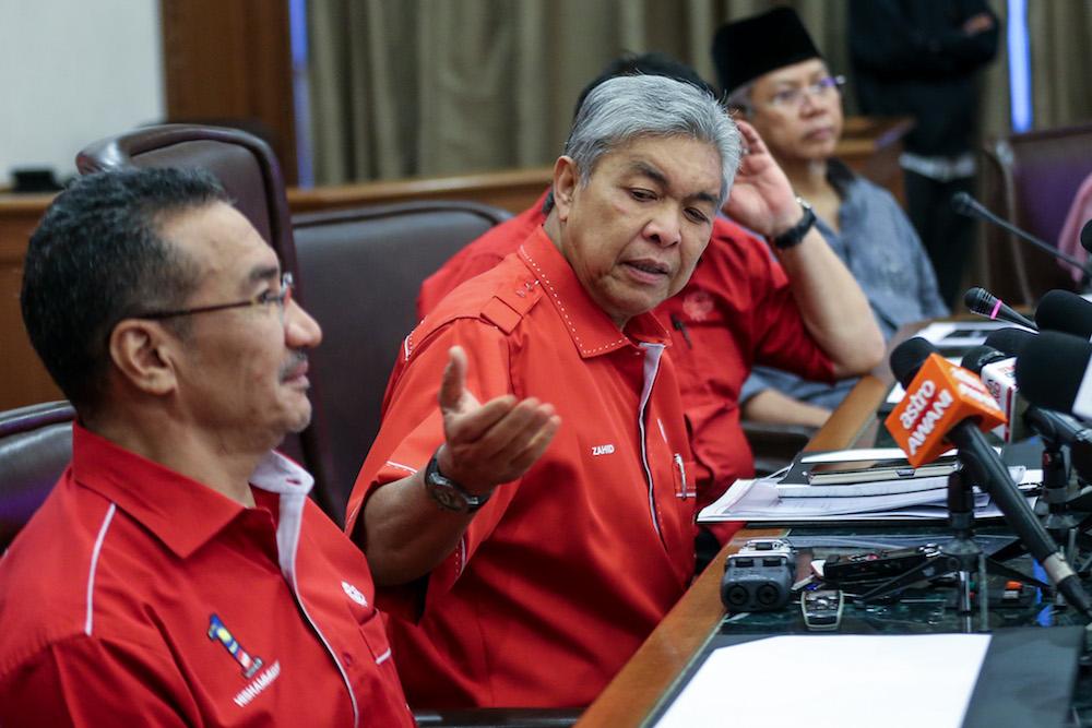 Datuk Seri Zahid Hamidi speaks to the media after an Umno supreme council meeting in Kuala Lumpur May 22, 2018. — Picture by Ahmad Zamzahuri
