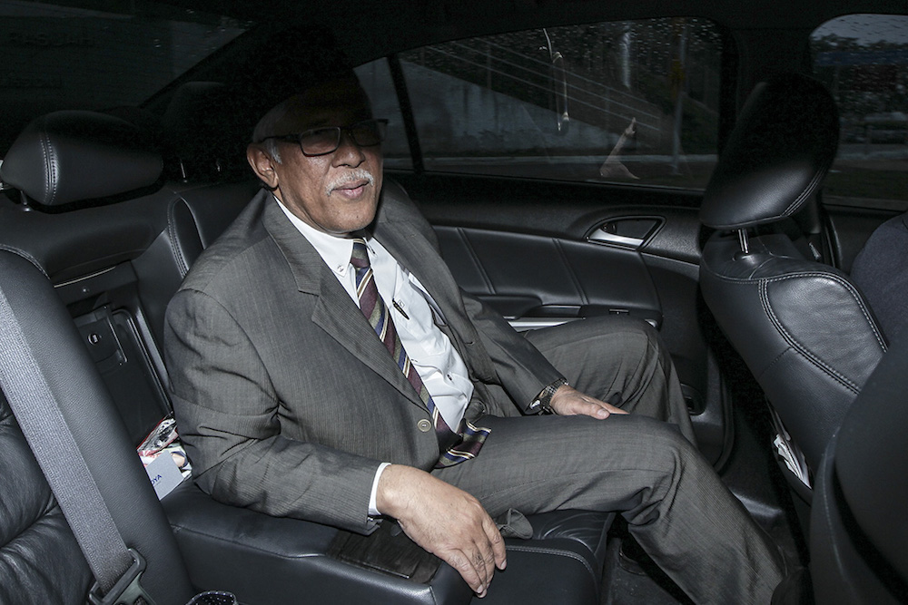 Former MACC chief commissioner, Tan Sri Abu Kassim Mohamed, leaves the Malaysian Anti-Corruption Commission (MACC) headquarters in Putrajaya May 23, 2018. — Picture by Shafwan Zaidon