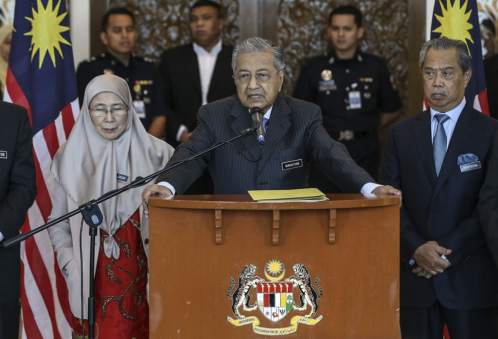 Prime Minister Tun Dr Mahathir Mohamad  speaks during a press conference after chairing a Cabinet meeting at the Prime Minister's Office in Putrajaya May 30,2018. — Picture by Azneal Ishak