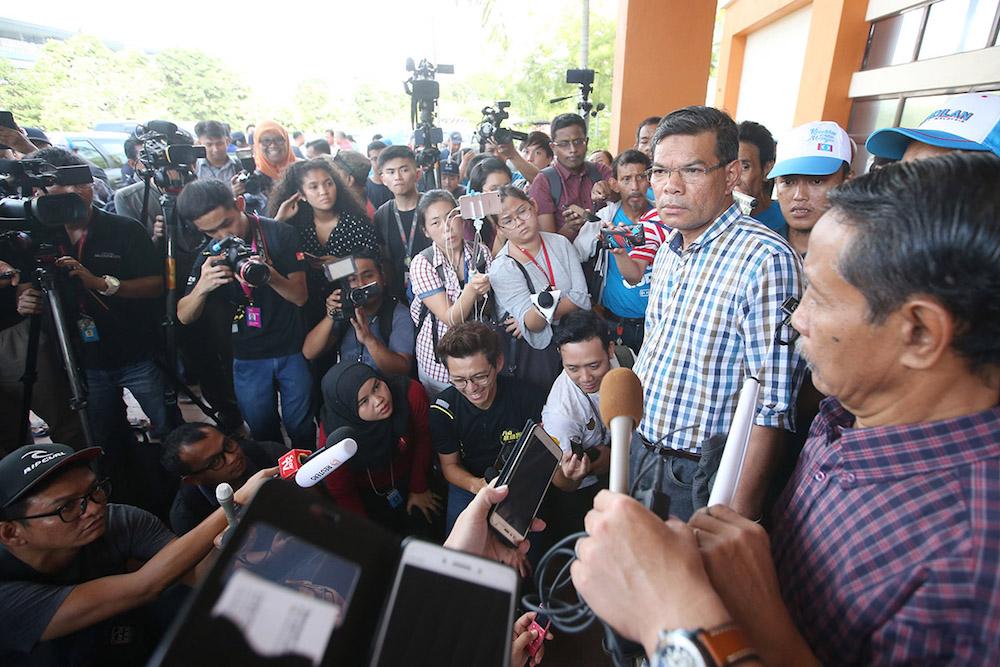 Datuk Saifuddin Nasution Ismail speaks to the press at Cheras Rehabilitation Hospital in Kuala Lumpur May 11, 2018. — Picture by Azinuddin Ghazali