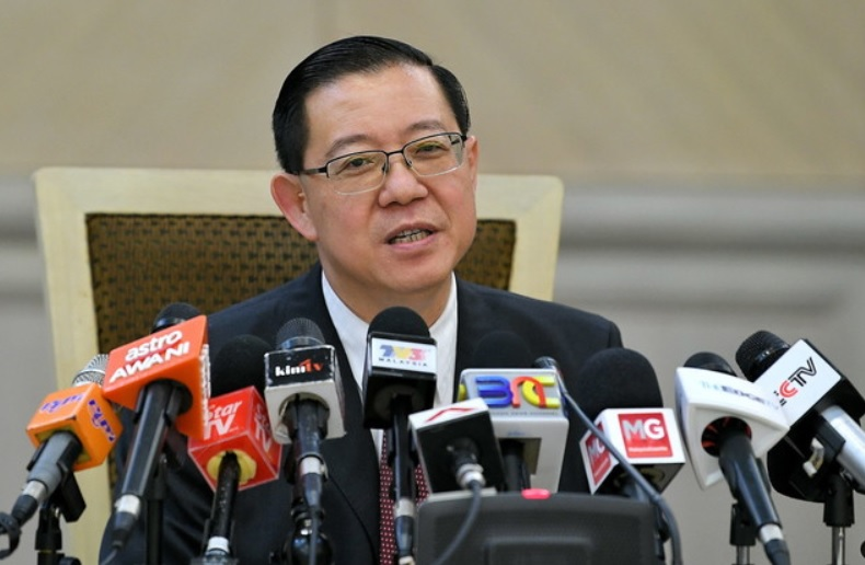 Finance Minister Lim Guan Eng said 1MDB director Datuk Kamal Mohd Ali told the ministry that the RM9.8 billion worth of investment units were nothing more than a 'scam'. ― Bernama pic