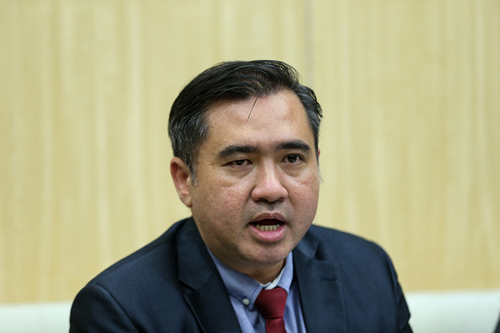Transport Minister Anthony Loke said the Transport Ministry will review the effectiveness of existing laws in dealing with drunk driving cases. —Picture by Ahmad Zamzahuri