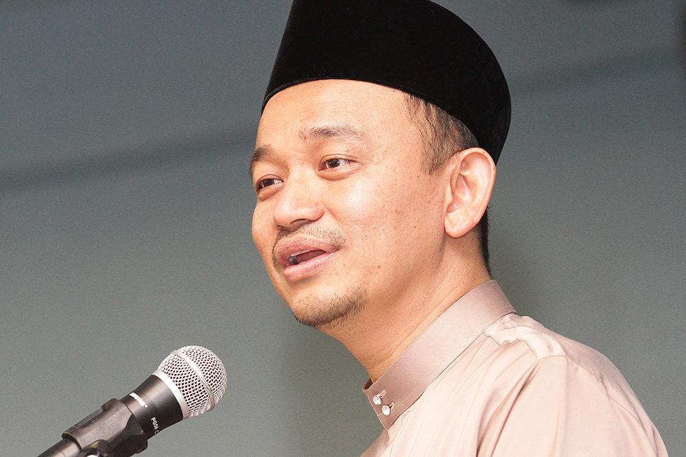 Education Minister Maszlee Malik said with the Pakatan Harapan victory in the last general election, there should be no stifling of intellectual discourse in the country. — Picture by Miera Zulyana