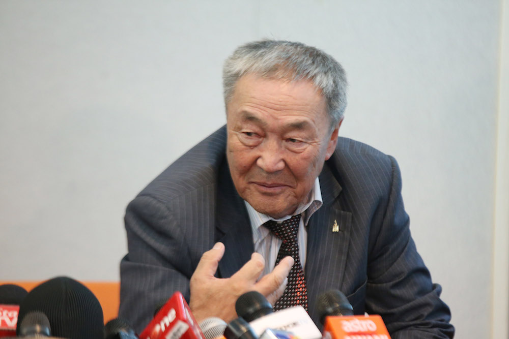 Altantuya's father Shaariibuu Setev (pic), his wife and their two grandsons filed the RM100 million suit against two former policemen, Azilah Hadri and Sirul Azhar Umar, political analyst Abdul Razak Baginda and the Malaysian government on June 4, 2007. — Picture by Azinuddin Ghazali