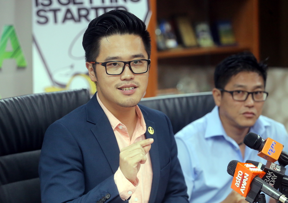 Howard Lee Chuan How said the sport would be organised to provide a platform for eSports enthusiasts to promote their talent. — Picture by Farhan Najib
