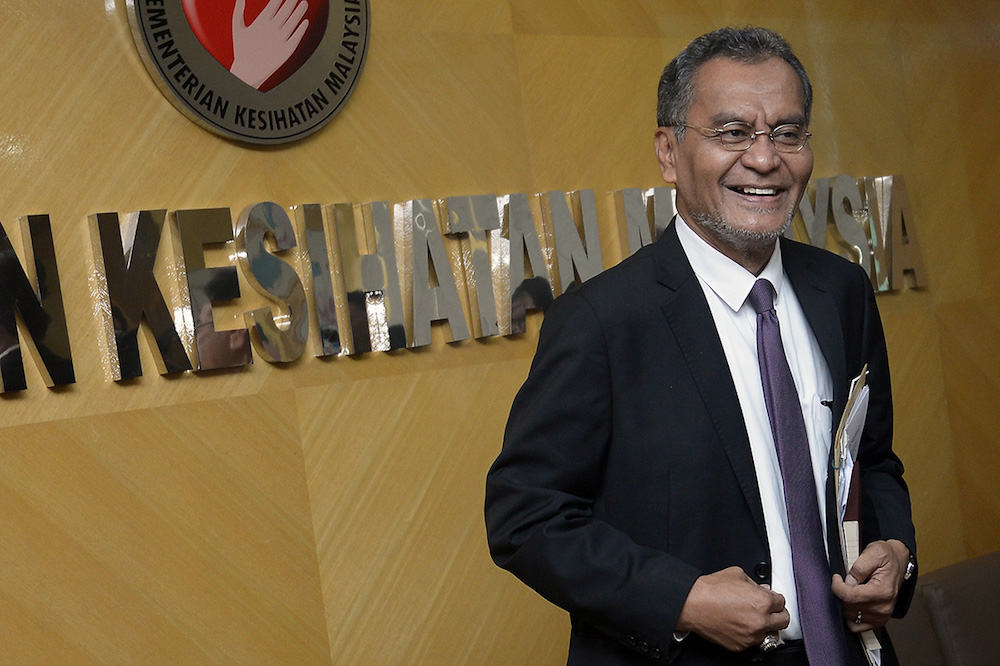 Health Minister Dzulkefly Ahmad had said that the Pharmacy Bill could include provisions to regulate prices of drugs in the private market. — Picture by Mukhriz Hazim
