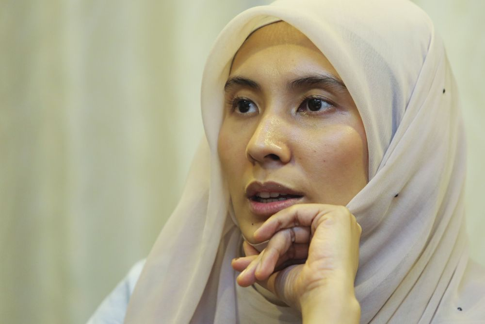 Nurul Izzah will appeal to Attorney-General Tommy Thomas to drop charges against Muhammad Lukman, who was sentenced to hang by the High Court on August 30. — Picture by Yusof Mat Isa