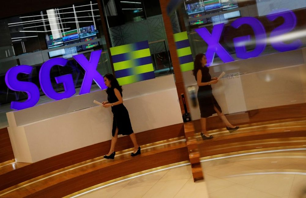 Singapore shares rise as much as 1.3 per cent, boosted by gains in financials. — Reuters pic