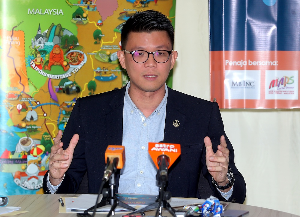 State Tourism and Culture Committee chairman Tan Kar Hing said the council would be given one week clean up Gua Tambun before he returns to inspect the area. — Picture by Farhan Najib