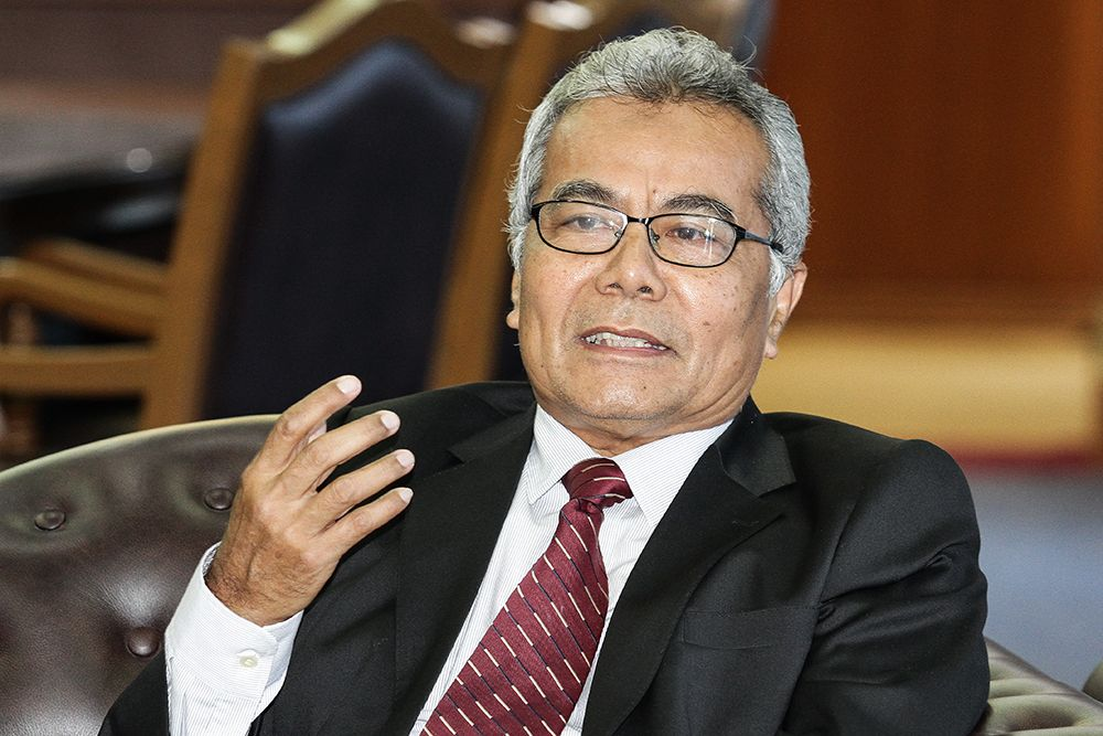 Datuk Seri Mohd Redzuan Yusof said the government will relaunch the Shared Prosperity Vision 2030 sometime soon this year. ― Picture by Miera Zulyana