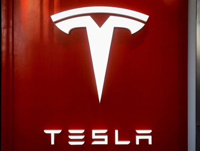 Tesla's shares recorded their worst single-day percentage drop ever and added to the broader sell-off in technology stocks, which have dominated Wall Street's recovery from the coronavirus-driven crash earlier this year. — Reuters pic