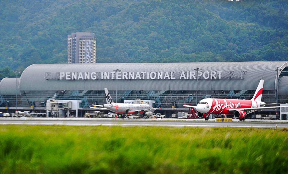 File picture of the Penang International Airport. — Picture by Sayuti Zainudin