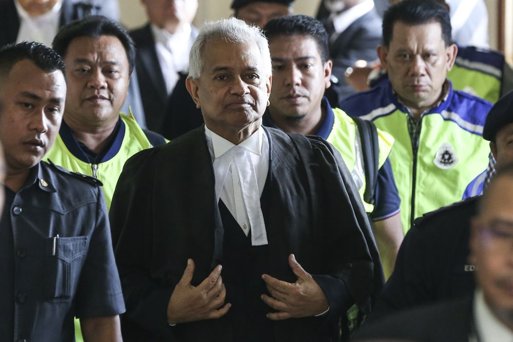 Attorney General Tommy Thomas today rubbished a news report that he had tendered his resignation just three months after being appointed to the post. ― Picture by Azneal Ishak