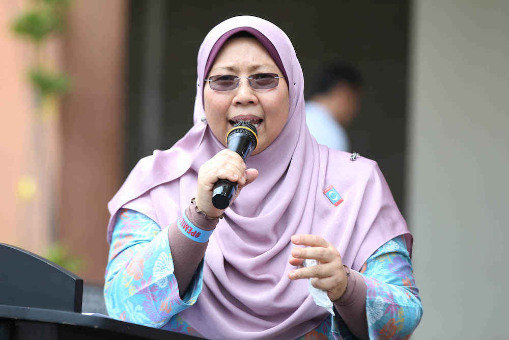 Deputy Minister in the Prime Minister's Department Fuziah Salleh said the removal of the portraits was not an act of discrimination. — Picture by Azinuddin Ghazali