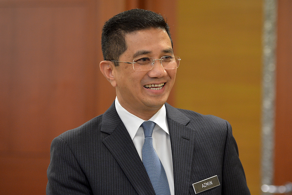 Azmin said Felcra might retain the office block while selling the rest of the assets on the land if it received the right offer. — Picture by Mukhriz Hazim