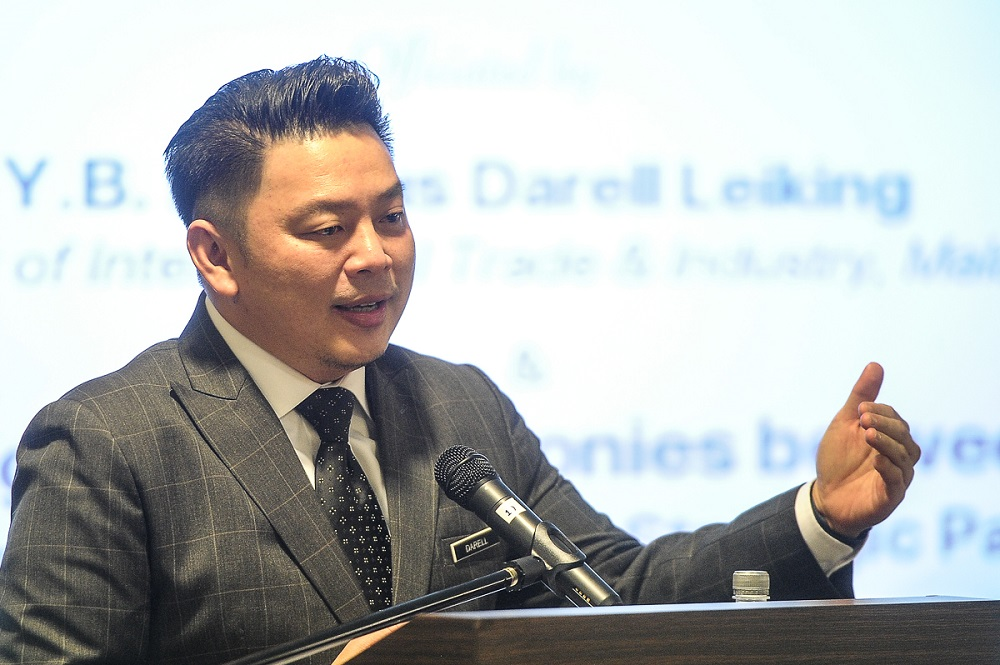 Minister of International Trade and Industry Darell Leiking said exports rose 6.7 per cent year-on-year. — Picture by Shafwan Zaidon