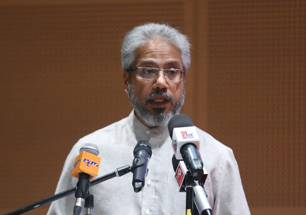 Waytha Moorthy said that Jakoa acknowledged that many of the states are not fully cognisant or somewhat inconsistent with judicial judgments in the higher courts in relation to the fundamental rights entrenched in the Federal Constitution for the Orang Asli community in relation to customary lands. — Picture by Razak Ghazali