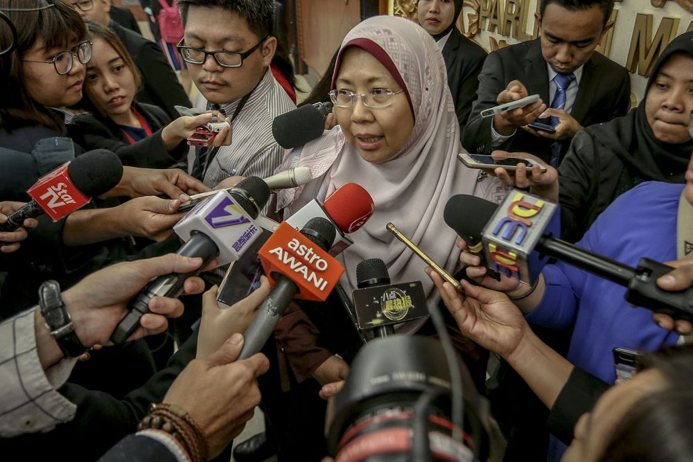 Fuziah said the responsibility for the welfare of a Muslim child in underage marriages would fall under both the Ministry of Women, Family and Community Development and the Prime Minister's Department. ― Picture by Hari Anggara
