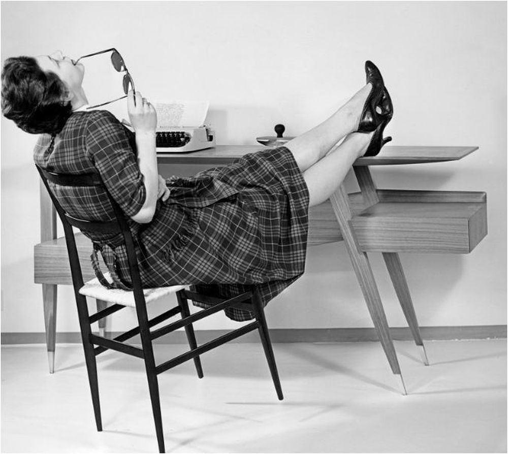Chaise Superleggera by Gio Ponti for Cassina and Bureau, Giordano Chiesa, 1957 & 1953. — AFP Relaxnews