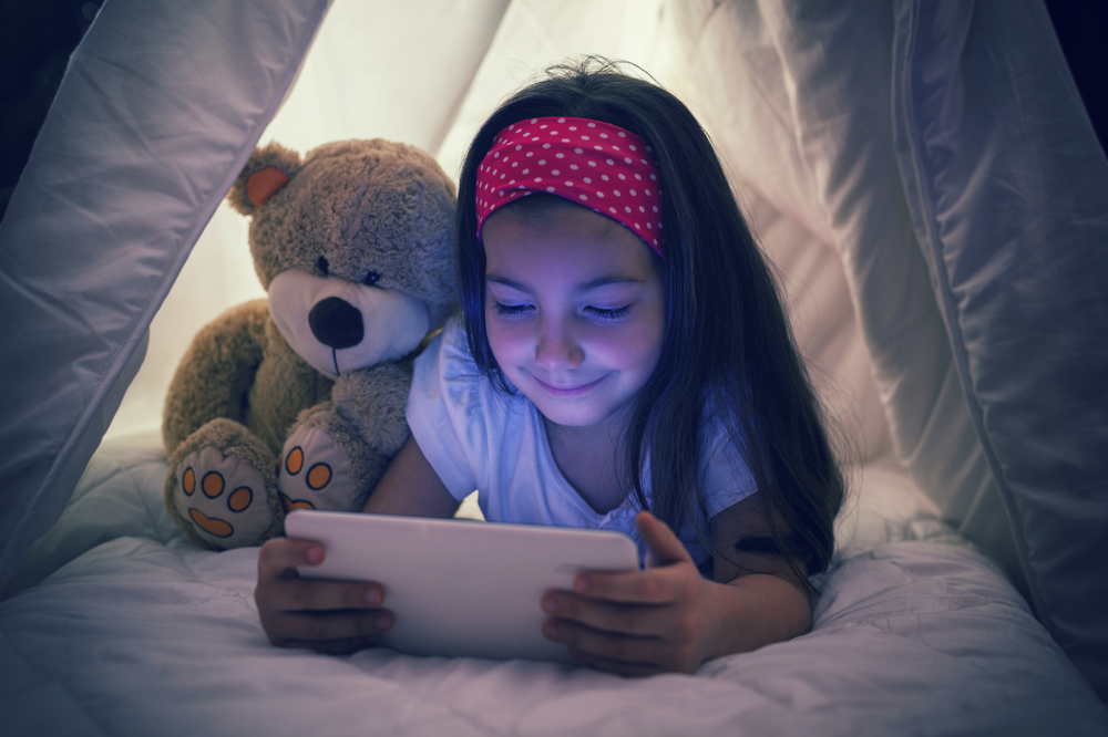 On average, American children aged eight to 11 spent 3.6 hours per day glued to a TV, mobile phone, tablet or computer screen, nearly double the suggested limit of two hours, researchers found. — Istock.com pic via AFP