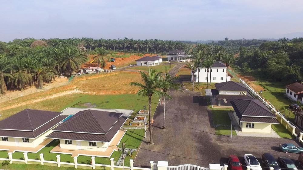 The spacious campus of Maahad Tahfiz Al Ammar in Rantau, Negri Sembilan, which combines the teaching of 'hafazan' (memorisation of the Quran) and the Cambridge IGCSE curriculum. — Picture from Facebook @YayasanAlAmmar