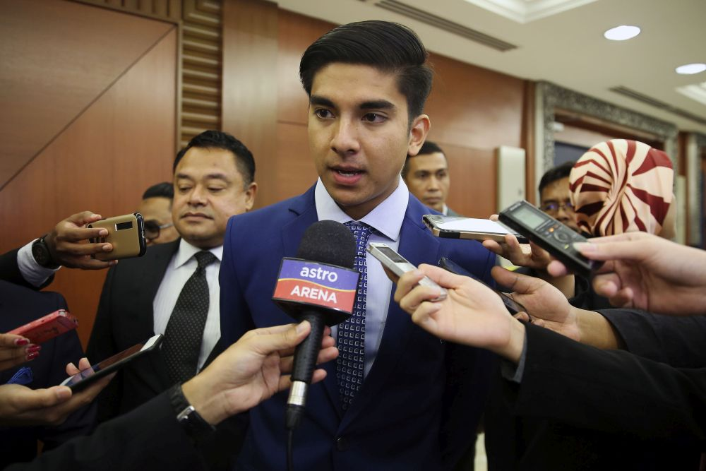 Syed Saddiq said projects stopped will be reopened for tender. — Picture by Yusof Mat Isa
