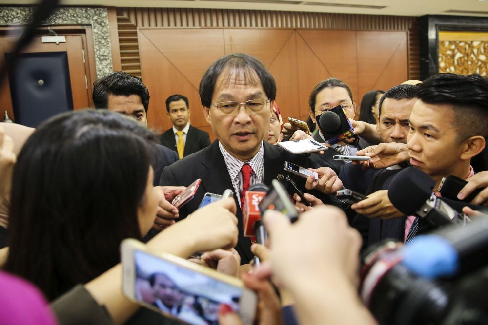 Baru said his position as works minister had increased his knowledge specially on road network system and government buildings nationwide. — Picture by Yusof Mat Isa