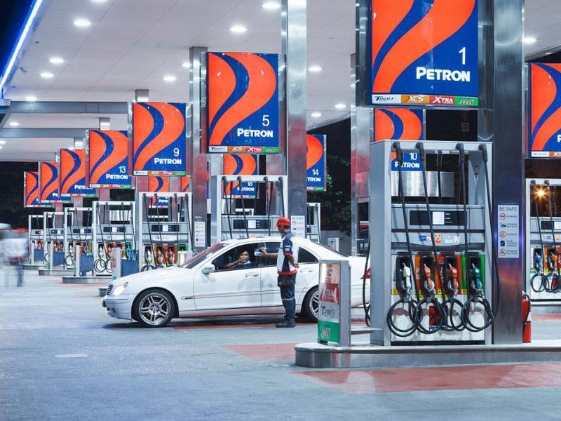 Revenue slumped to RM1.51 billion from RM2.91 billion previously due to lower sales volume and decline in oil prices, it said in a filing with Bursa Malaysia today. — Picture from Facebook/Petron Corporation